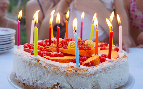 A Delicious Birthday Cake Photo Free Download