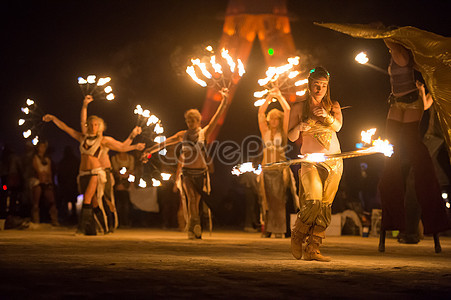 Download mobile wallpaper: music, people, girls, art, fire, dance.