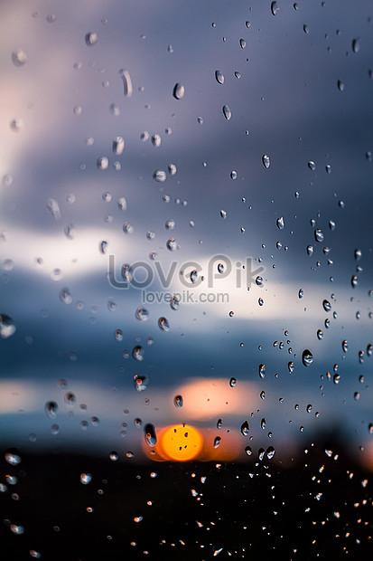 63+ Gambar Rintik Hujan Di Kaca Mobil