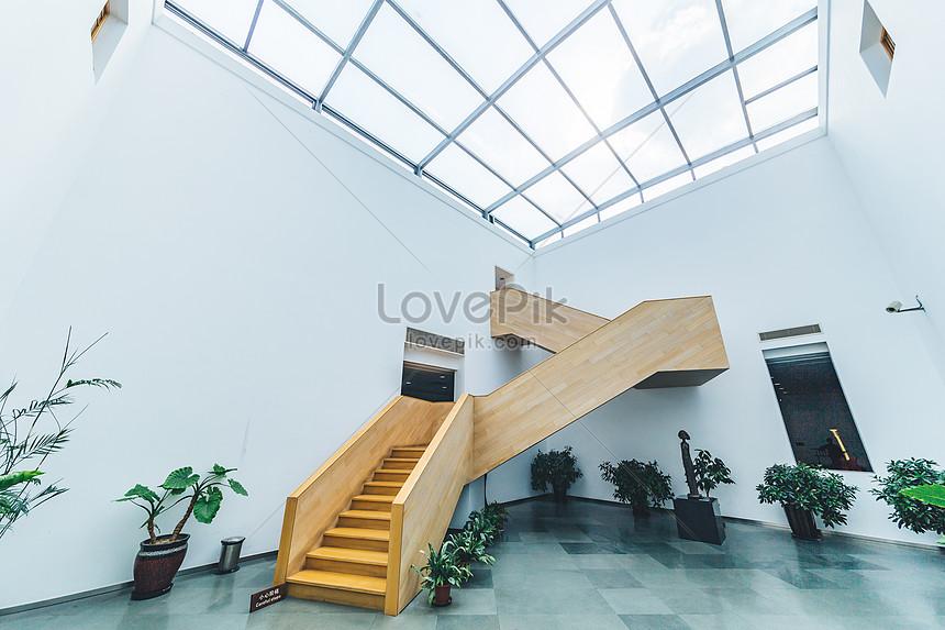 Photo de escalier en bois design art caractère_Numéro de l ...