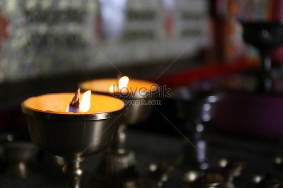La Credenza Significato : Il significato della credenza religiosa sta nella forma del cuor