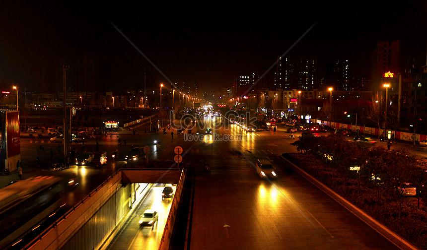 streetscape and scenery in zhengzhou