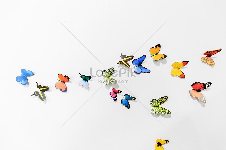 Lovepik صورة Jpg 500280049 Id صورة فوتوغرافية بحث صور مجموعة من الفراشات الطائرة