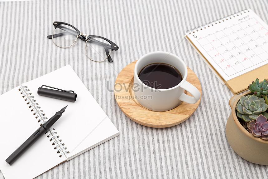 Lovepik صورة Jpg 500342982 Id صورة فوتوغرافية بحث صور مكتب قرطاسية القهوة