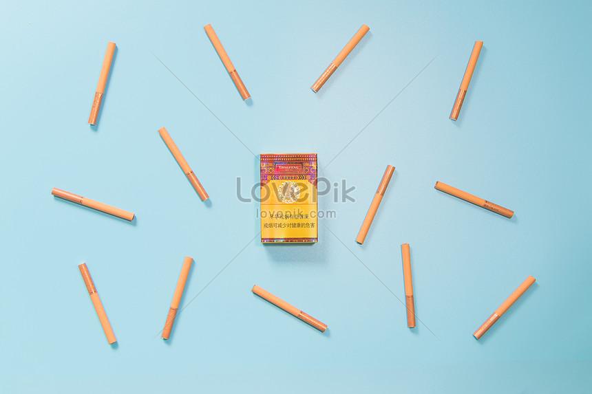 創意香煙擺拍