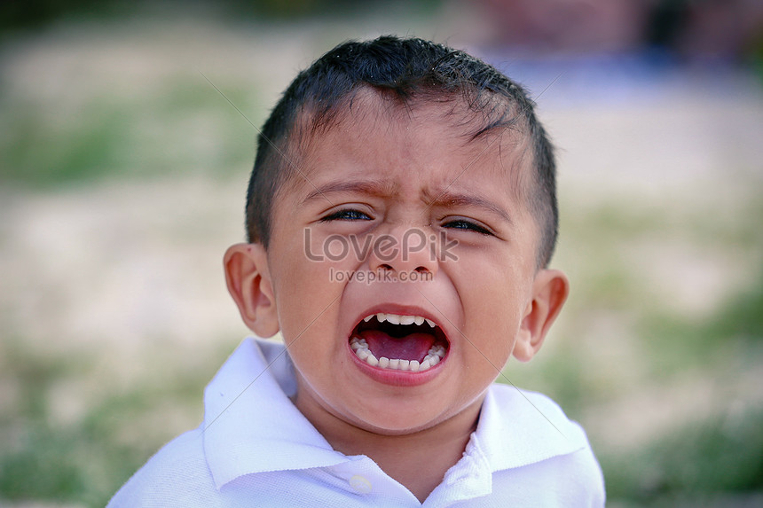 A Crying Boy Photo Imagepicture Free Download 60lovepik Awesome Crying Images Download