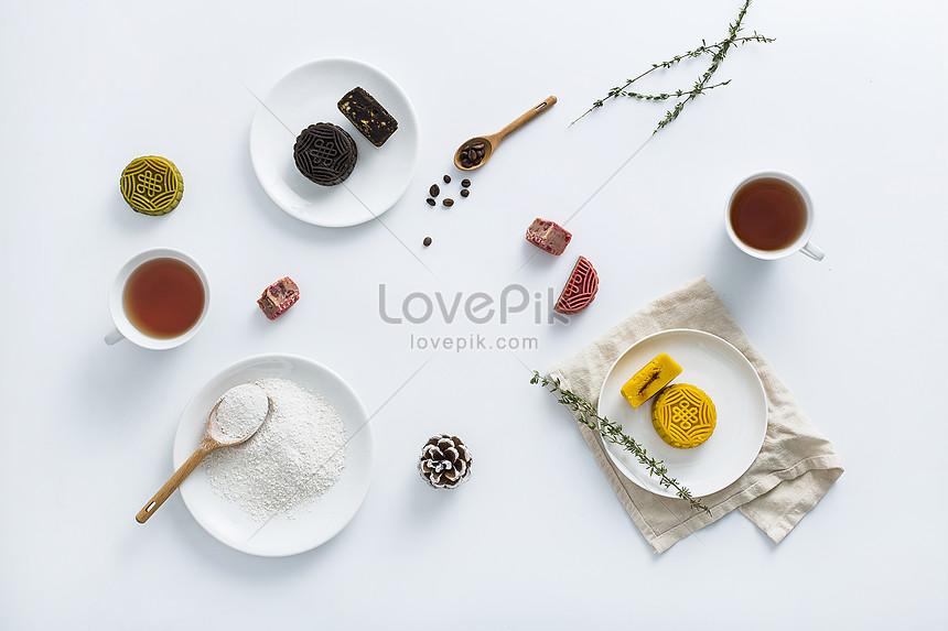 mooncakes made of egg yolk moon cake ingredients