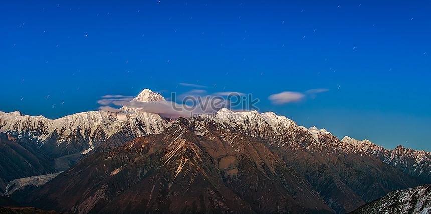 gongga جبل الثلج تحت النجوم