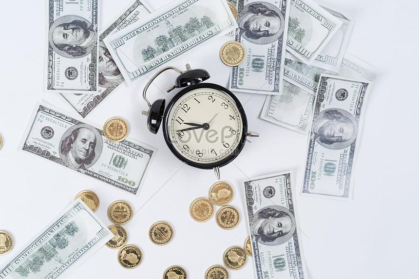 alarm clock and cash swing