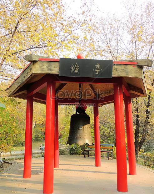 the bell pavilion in heilongjiang botanical garden