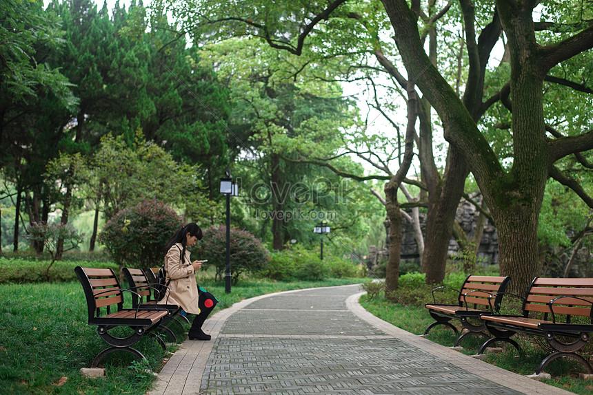 94+ Gambar Bangku Di Taman HD