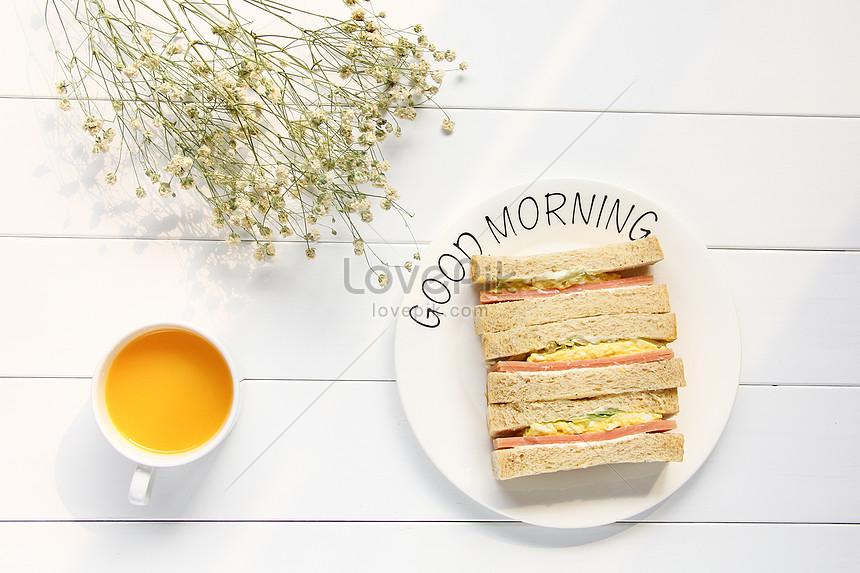 a delicious nutritious breakfast sandwich