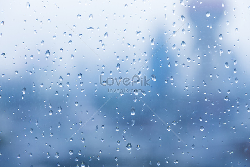 the oriental pearl in the cloudy raindrops