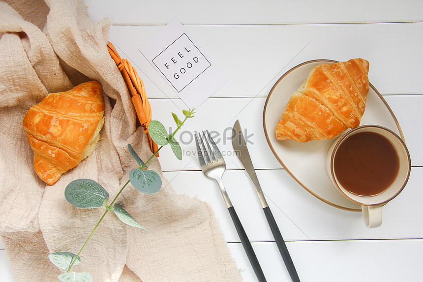 delicious nutritious breakfast croissants