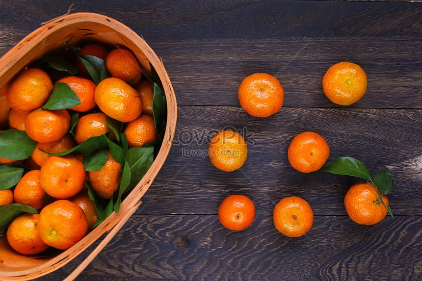fresh fruit kumquat