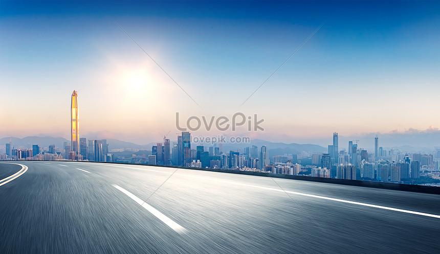 fundo da estrada da cidade