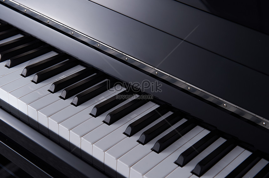 Still life shooting of piano instruments photo image_picture