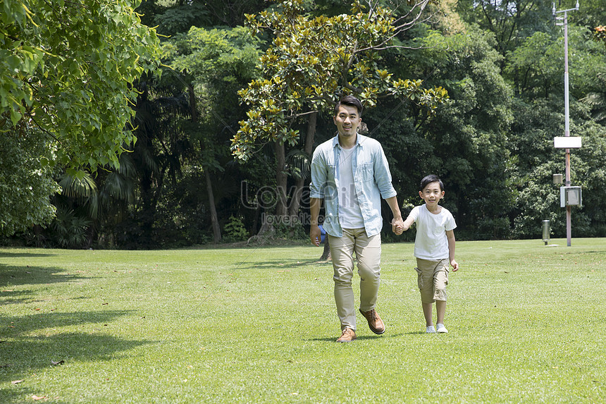 Father Son Park Photo Image Picture Free Download 500951460 Lovepik Com