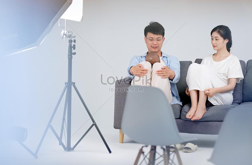 Studio Ditembak Ibu Dan Ayah Bayi Bayi Gambar Unduh Gratis Imej