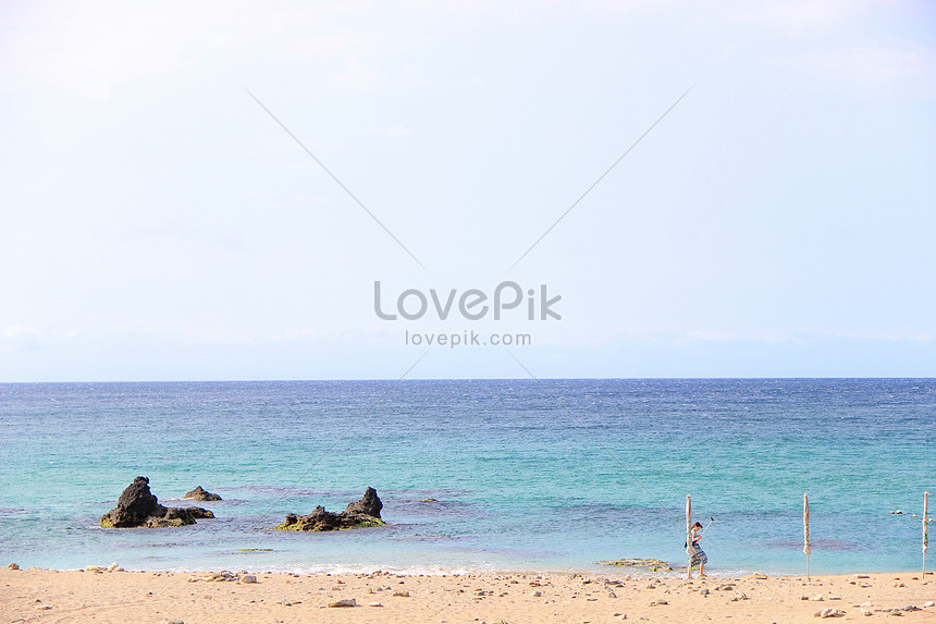 see the sea in kenting taiwan