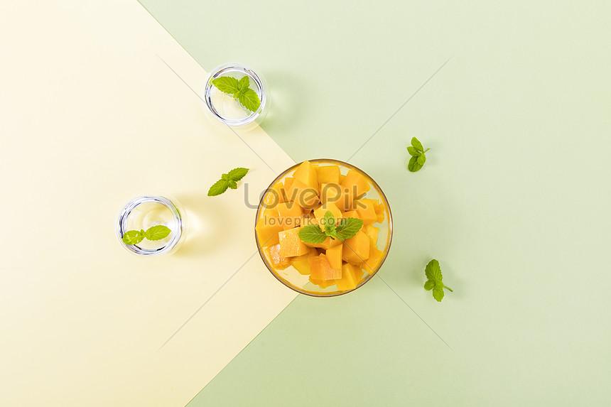 fresh mango in summer