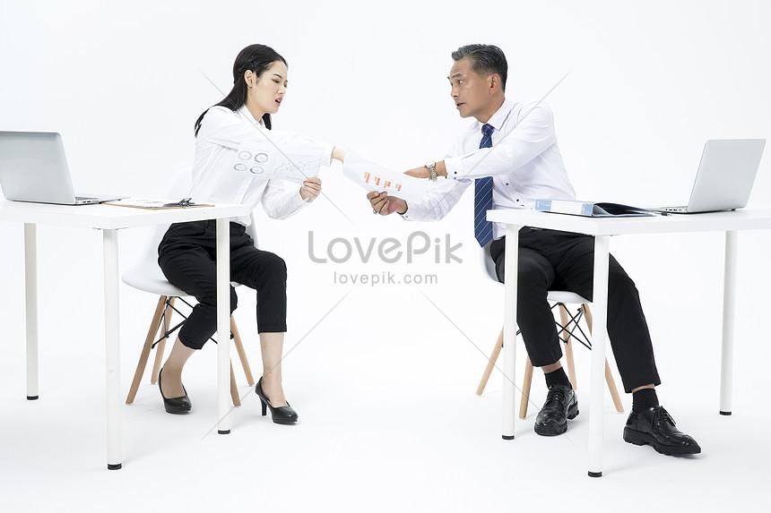 Bergaduh Gambar Unduh Gratis Imej 500976415 Format Jpg My Lovepik Com