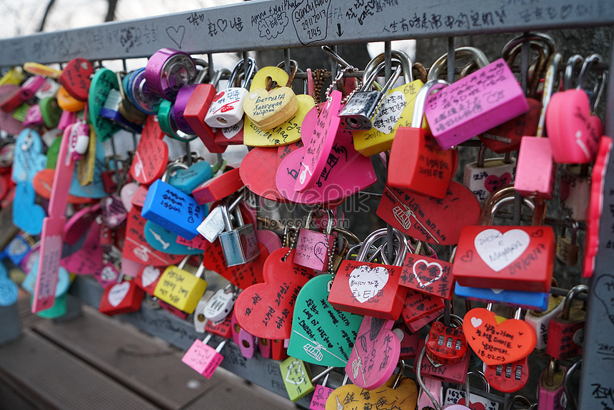 seoul tower concentric lock