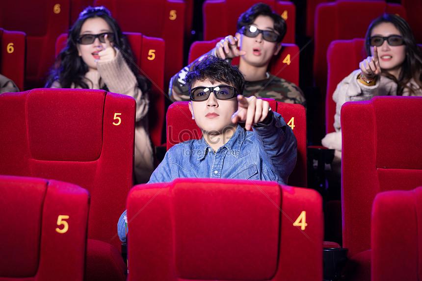 Рецензия на фильм «Дама в очках и с ружьем в автомобиле» | 573x860