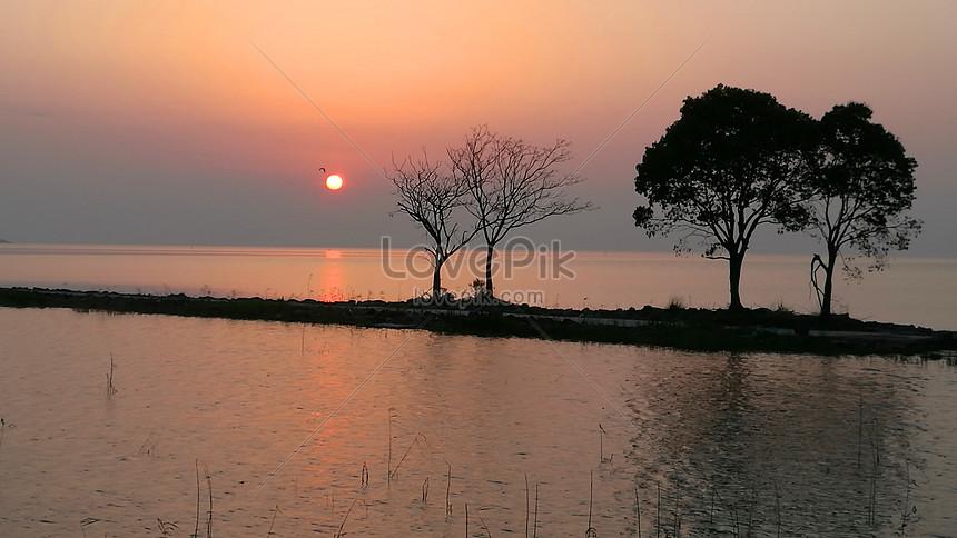 Pemandangan Senja Di Tasik Yangtze Di Selatan Sungai Yangtze