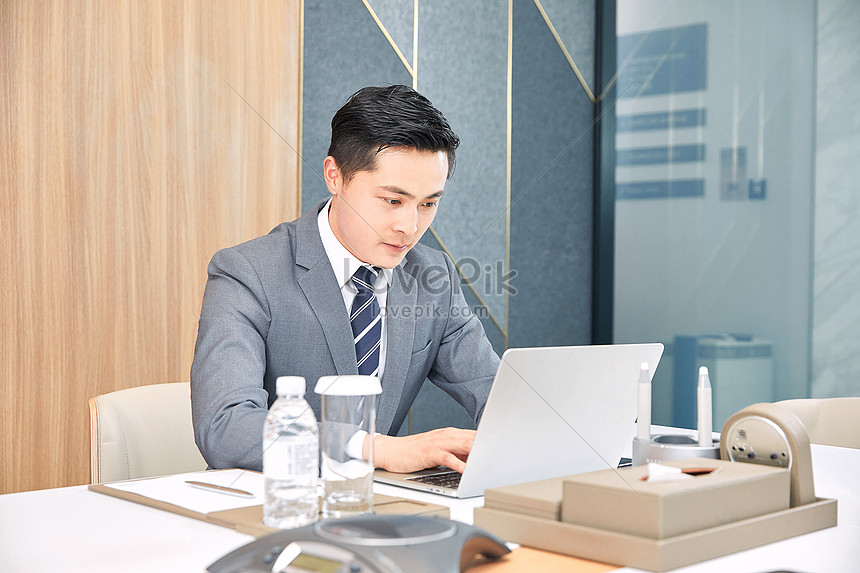Workplace white collar office work photo image_picture free download  501290656_lovepik.com