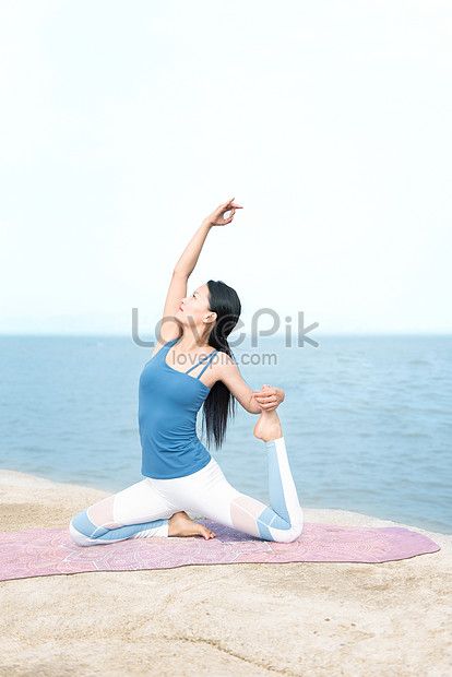 Seaside Yoga Portrait Photo Image Picture Free Download 501405338 Lovepik Com