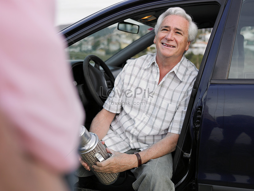 Elderly Male Sitting In The Car Photo Image Picture Free Download 501452881 Lovepik Com