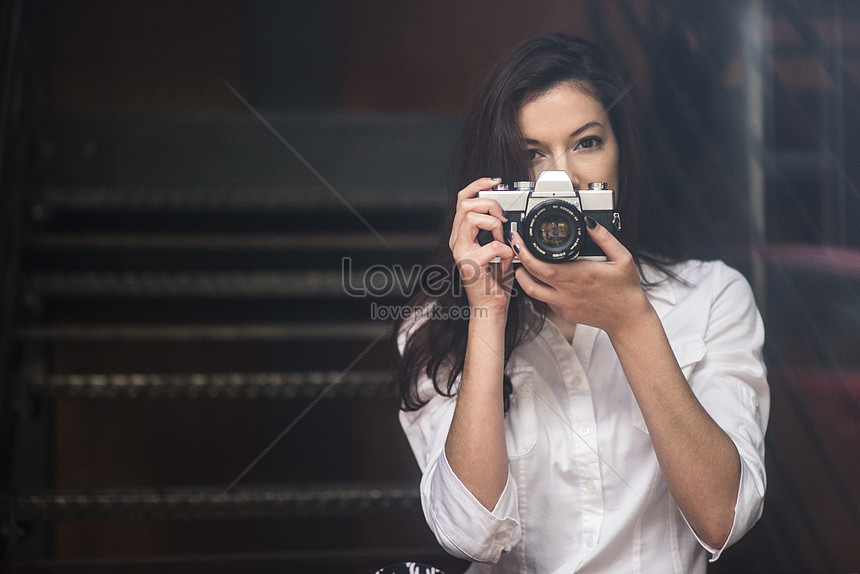 Young Woman Taking Photos With Dslr Photo Image Picture Free Download 501511109 Lovepik Com