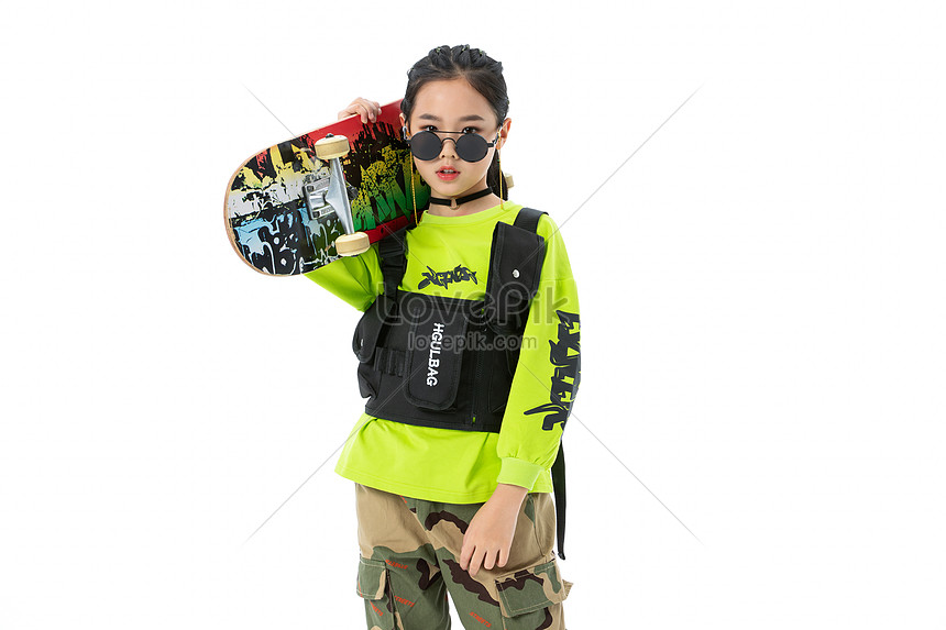 Gadis Trend Fashion Hip Hop Membawa Skateboard gambar ...
