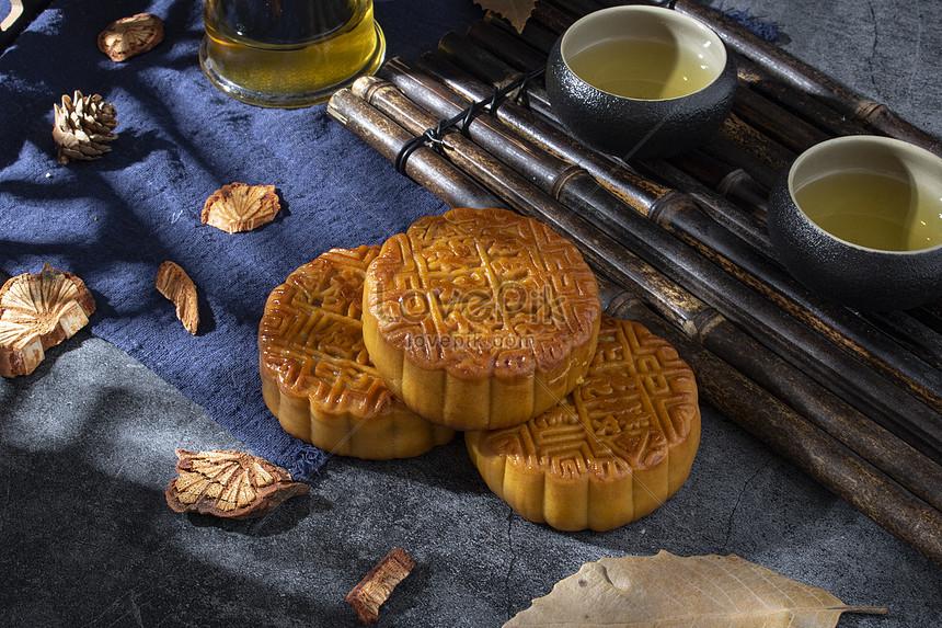 mid autumn festival moon cakes