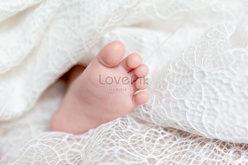Newborn Baby Feet Photo Image Picture Free Download 501646349 Lovepik Com